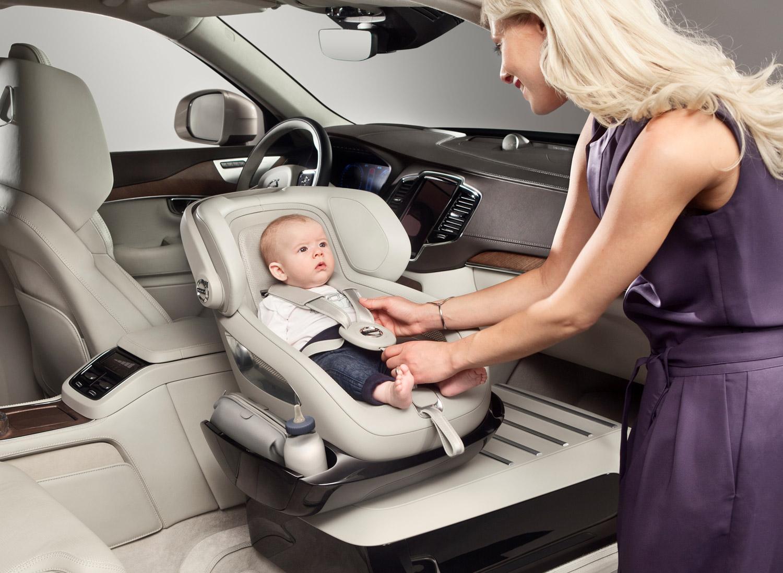 Volvo-Bond-5