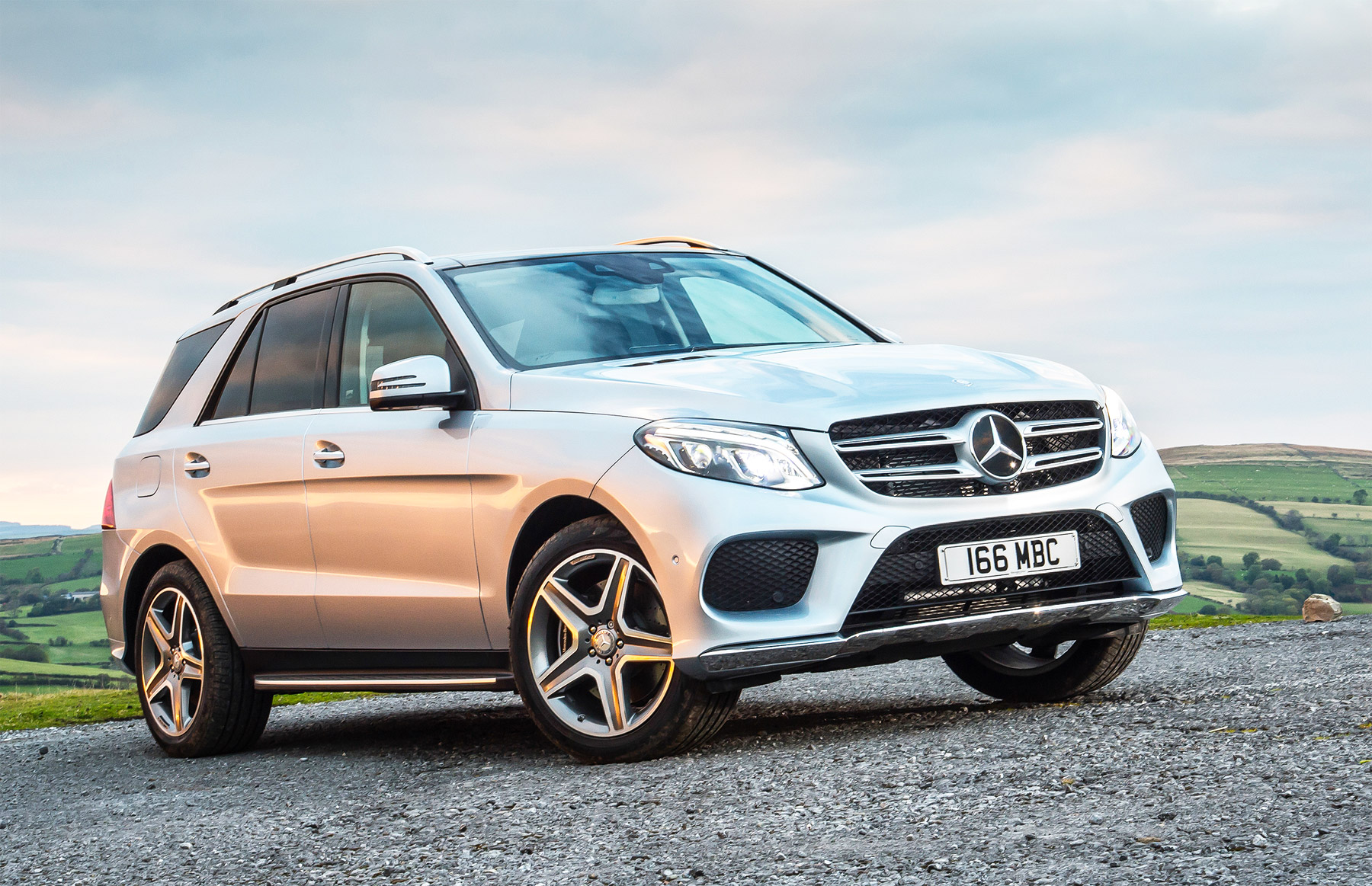 Mercedes-Benz GLE 350d SUV 4Matic AMG Line Road Test