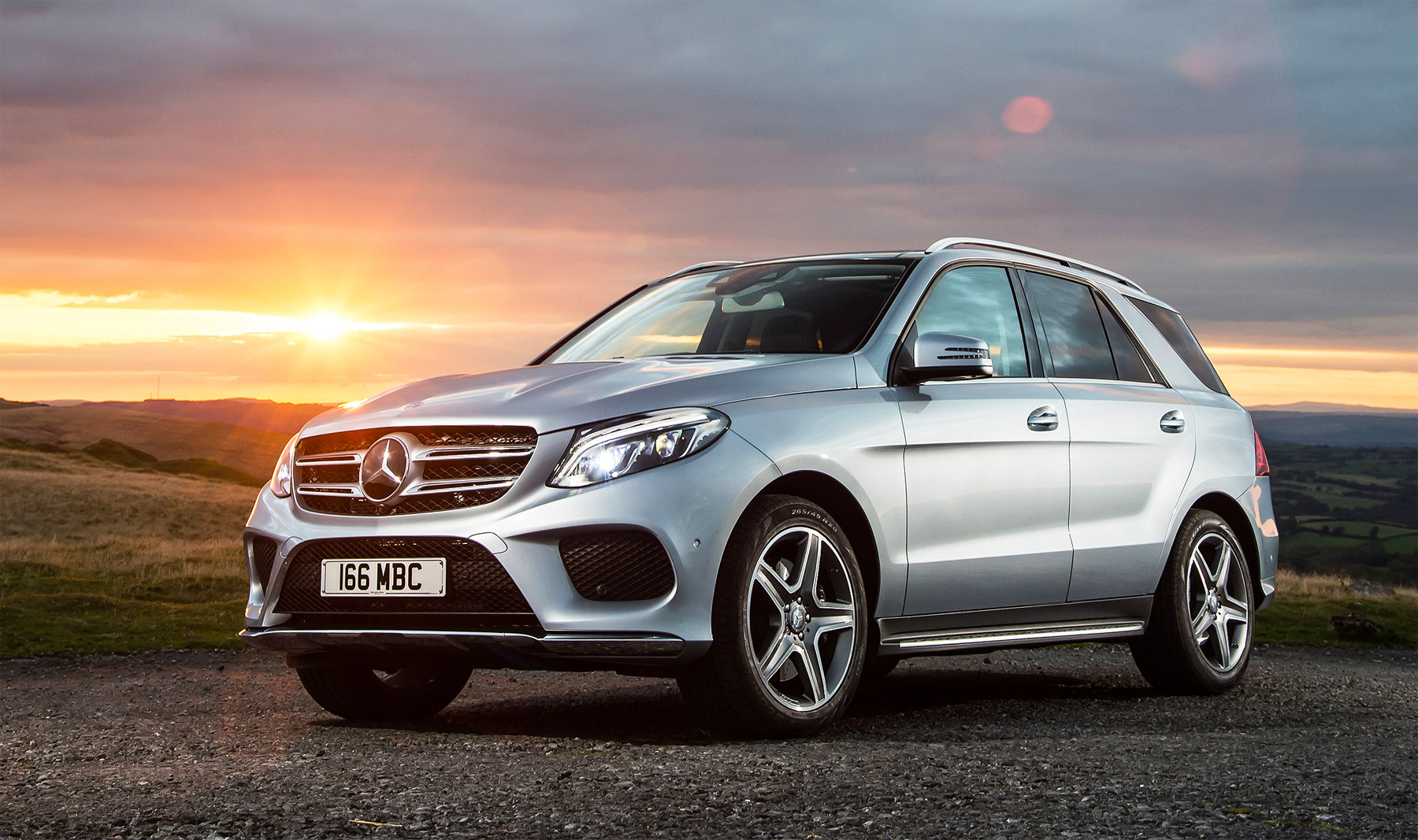 Mercedes 4 Matic >> Mercedes-Benz GLE 350d SUV 4Matic AMG Line Road Test