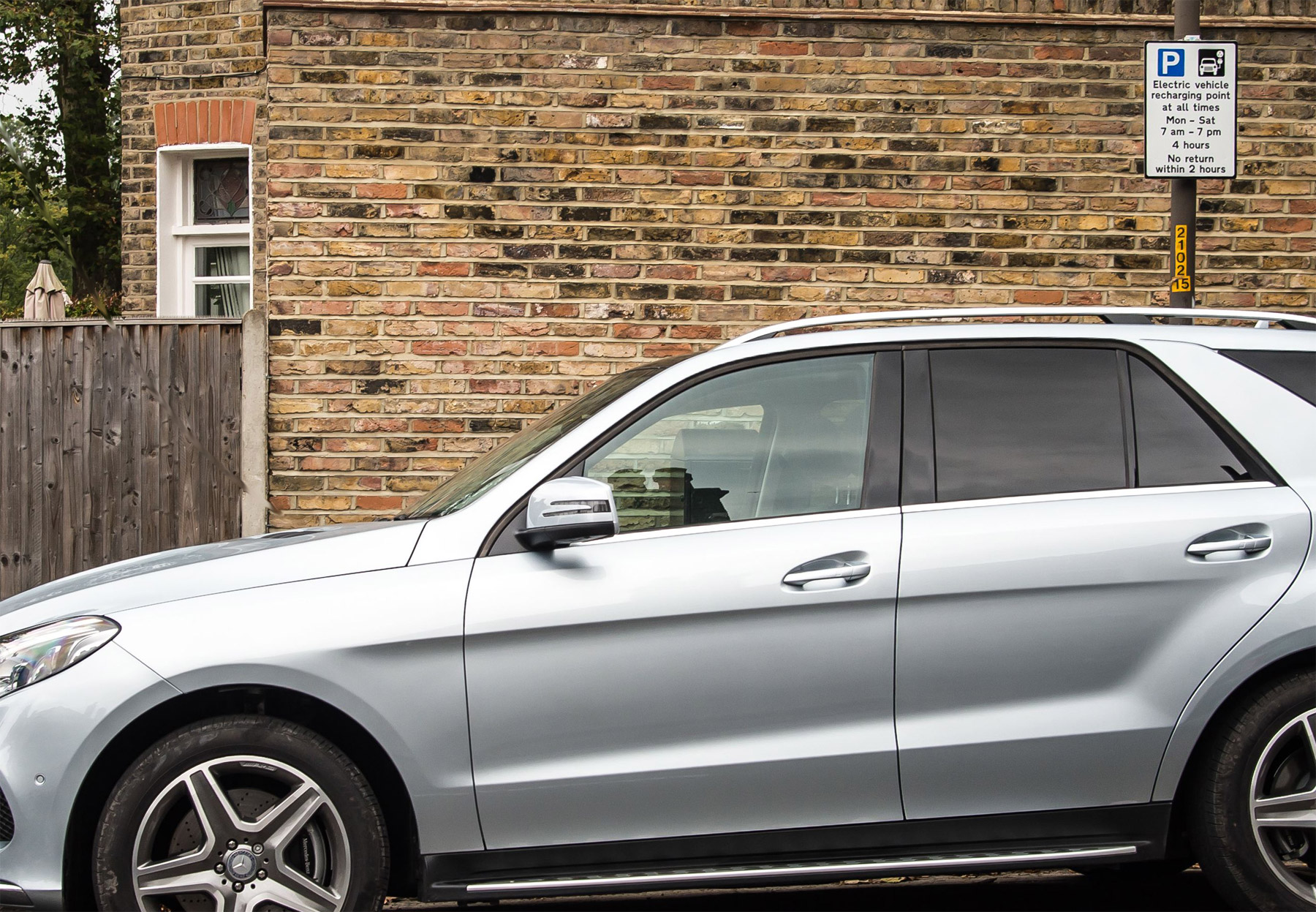 Mercedes benz gle 350d suv 4matic amg line road test for Performance mercedes benz st catharines