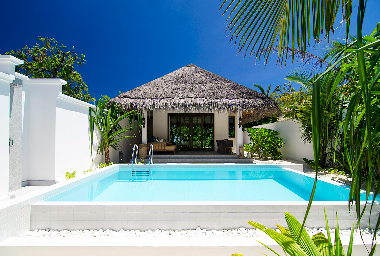 Finolhu has 125 villas spread across this wonderful outpost which are categorised by the ocean, the lagoon or by the beach