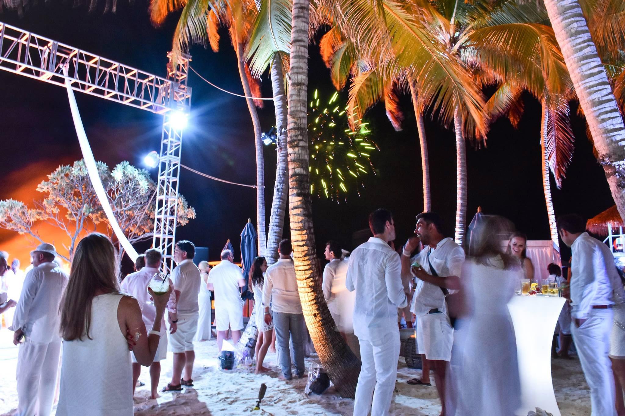 Finolhu-resort-Maldives-White-Party-Gallery-3.jpg (2048×1365)