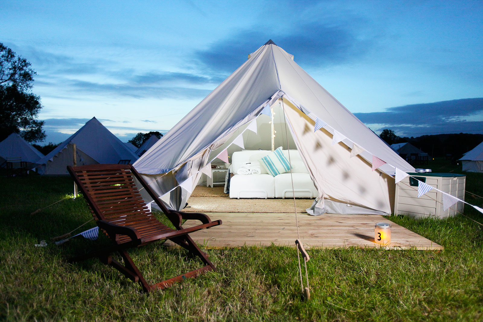 The Luxurious Magazine A-Lister's Guide To Glastonbury Festival