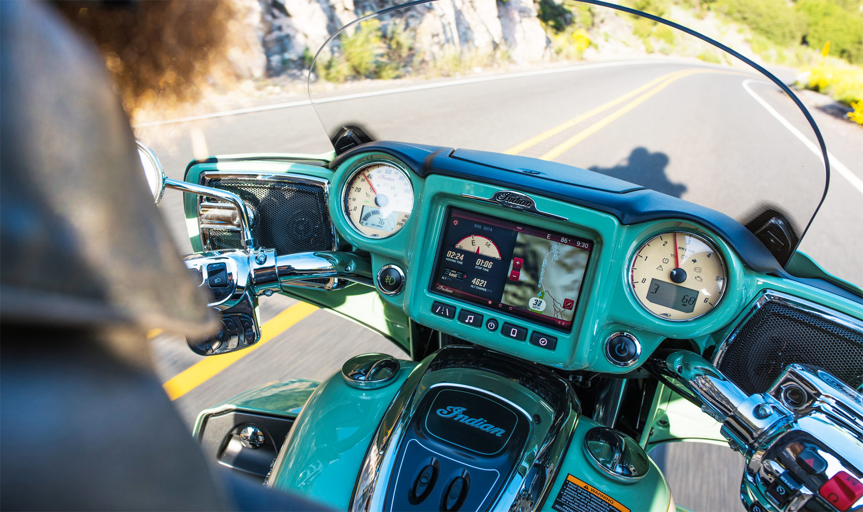 Indian Brings Touch-Screen Technology To The Roadmaster And Chieftain