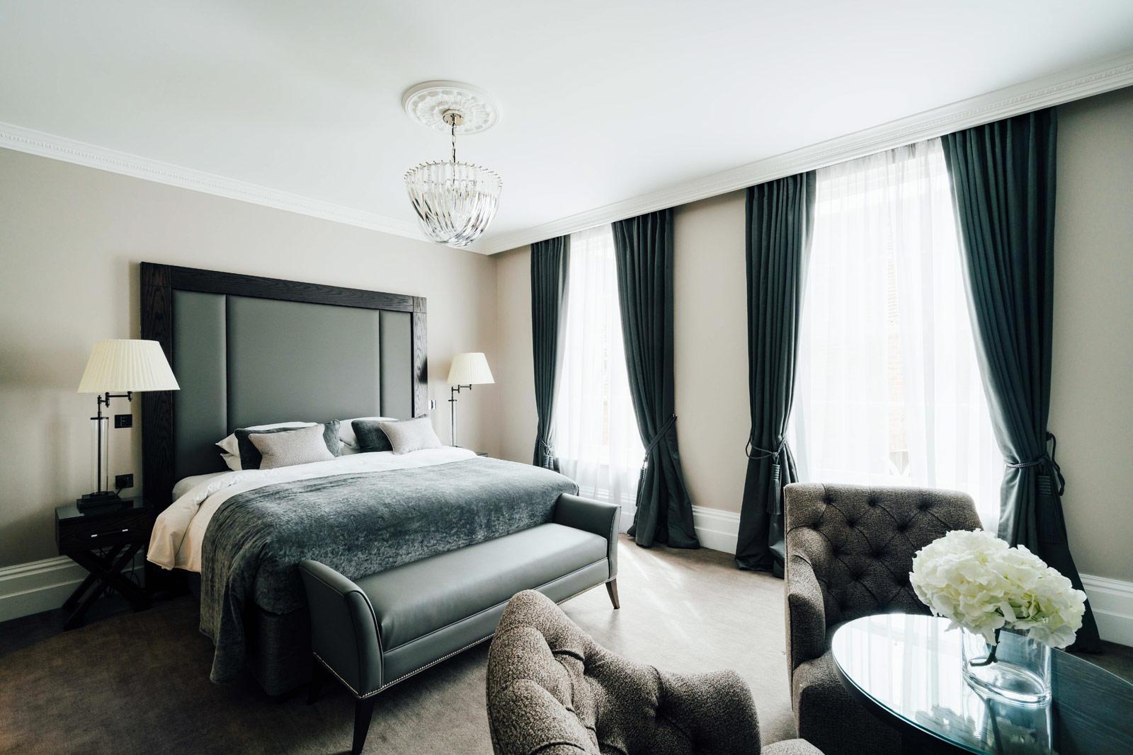 Abstract bedroom art