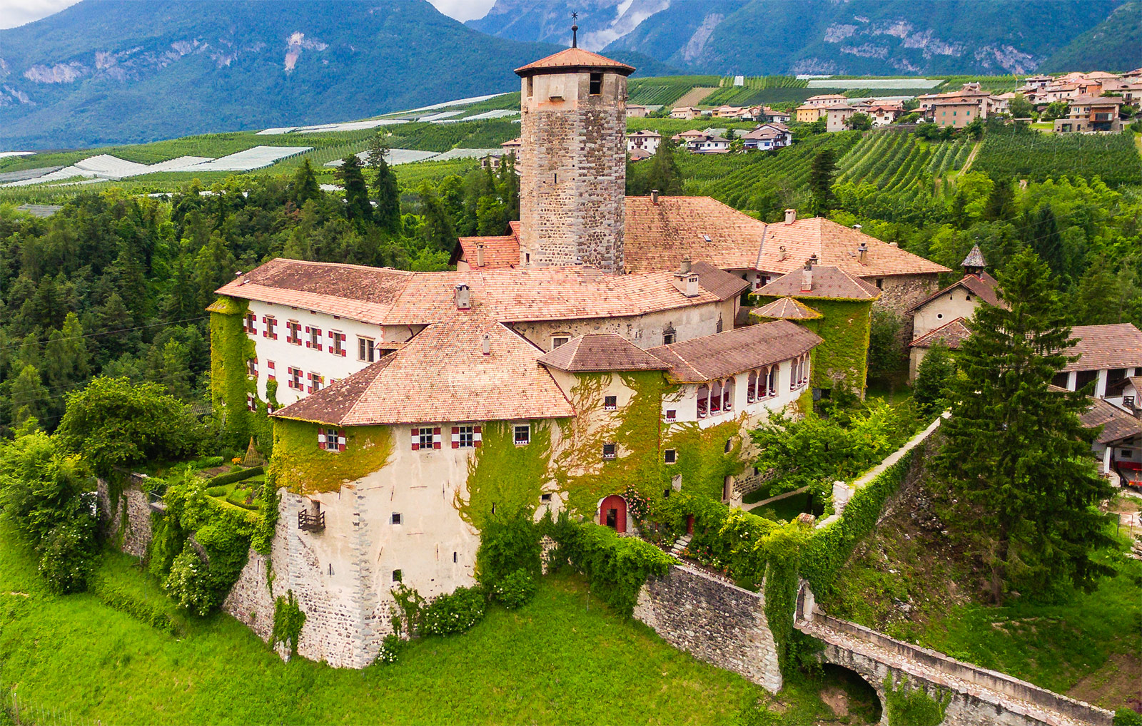 The Historic Castel Valer In Italy Is Ready For A New Owner 8