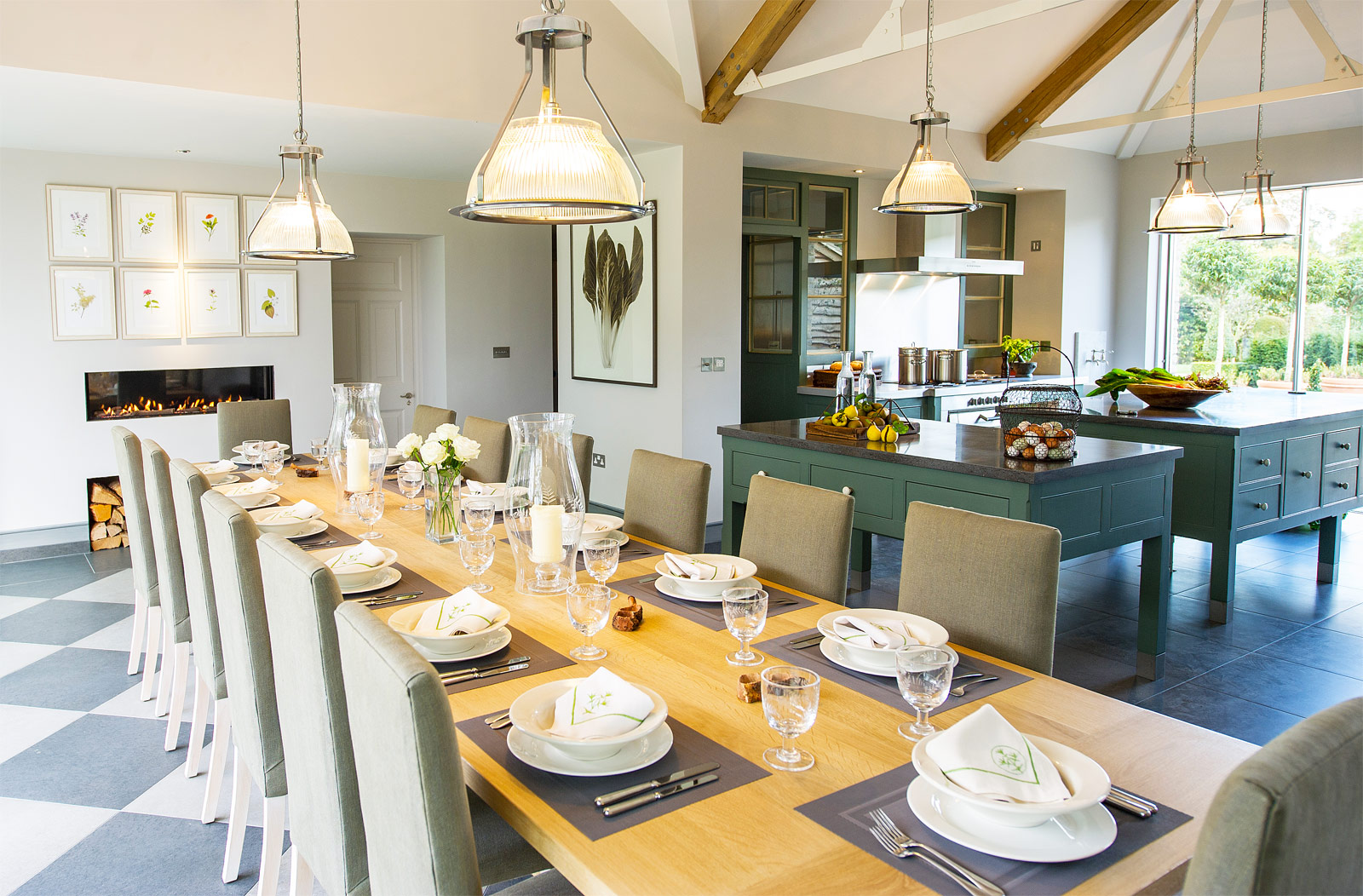 Thyme For A Luxurious Stay In England's Beautiful Cotswolds