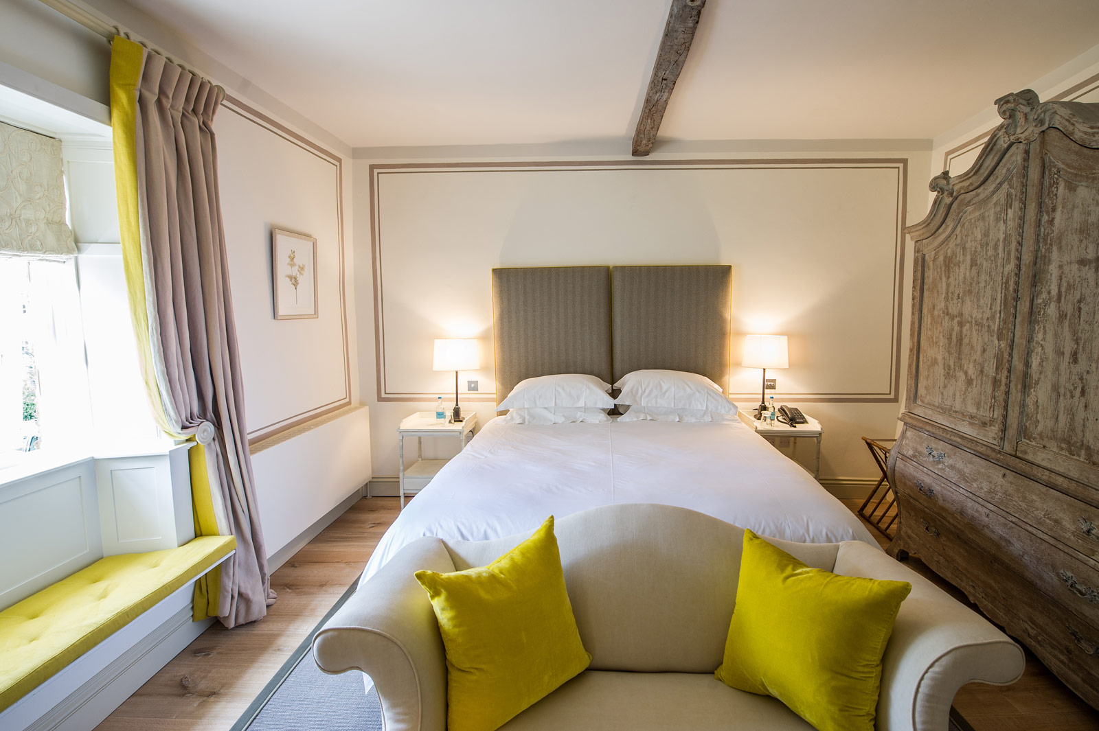 Thyme For A Luxurious Stay In England's Beautiful Cotswolds 9
