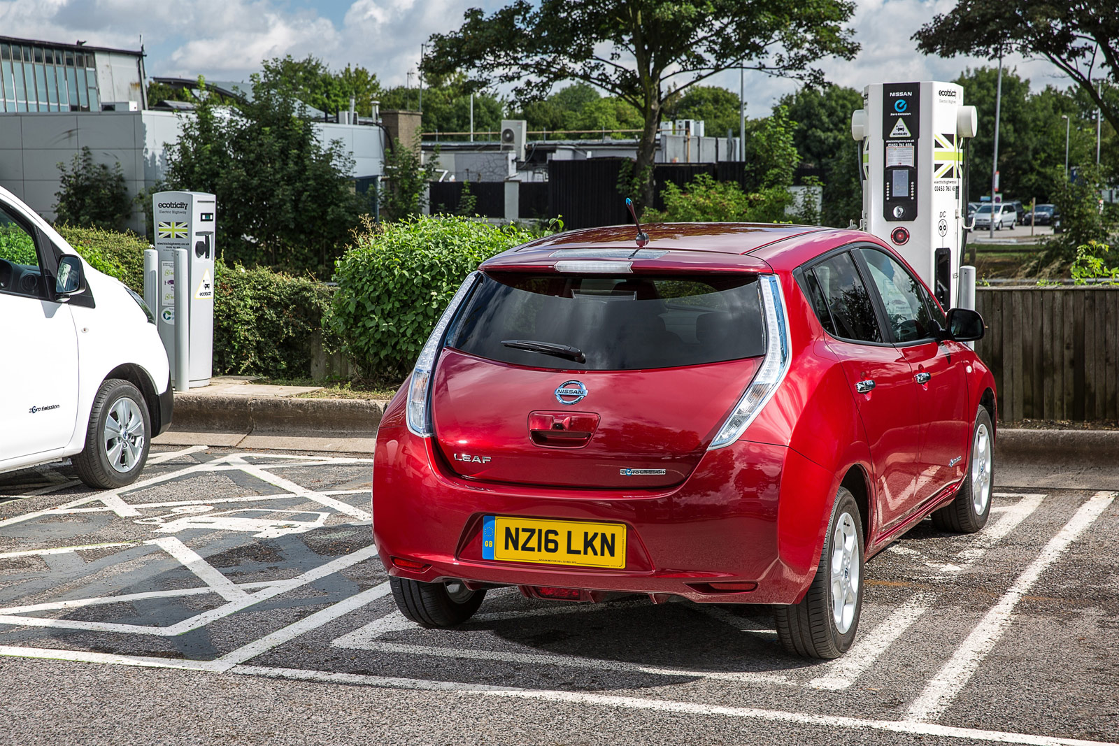 Number of electric car charging locations to overtake petrol stations by August 2020