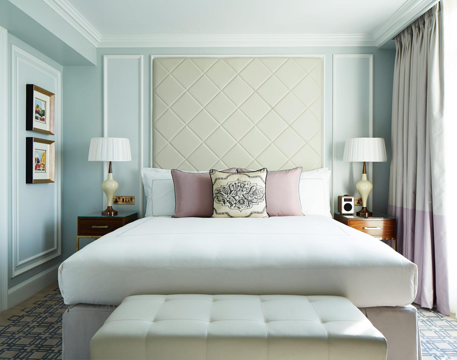 london-marriott-hotel-park-lane-junior-suite-1