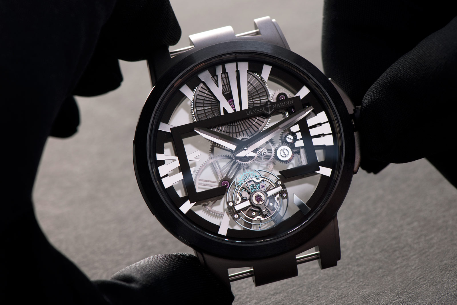 ulysse-nardin-executive-skeleton-tourbillon-3