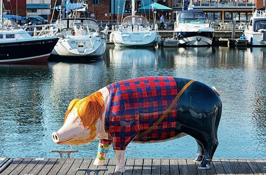 Ed SheerHAM at Suffolk Marina
