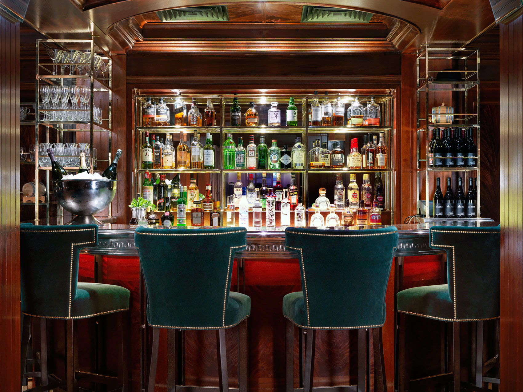 The Bloomsbury Club Bar - Home To The Golden Age Of Cocktails