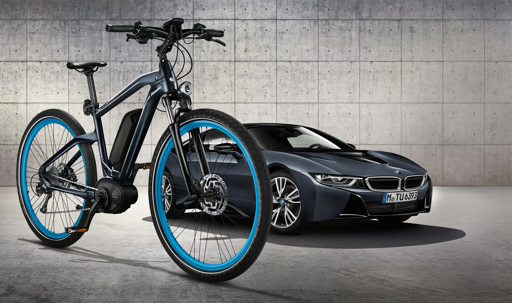 The Limited Edition BMW Protonic Dark Silver Cruise e-Bike