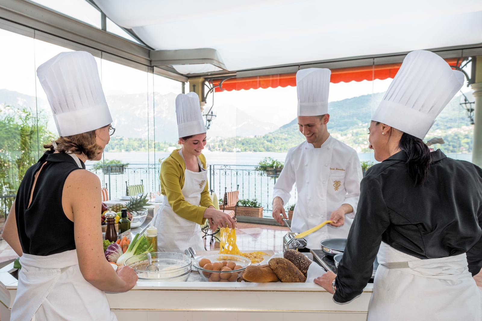 Head To Lake Como This Autumn And Give Your Eyes And Palate A Treat 4