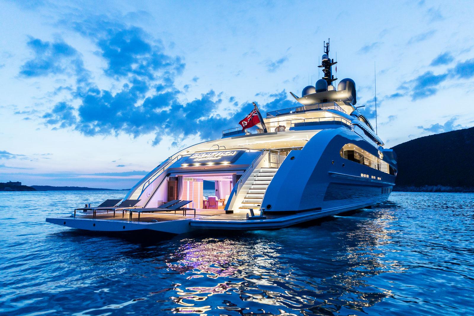 An Amazing Experience In The Côte d'Azur Aboard The Heesen Galactica Super Nova 5