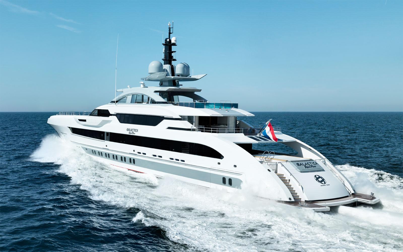 An Amazing Experience In The Côte d'Azur Aboard The Heesen Galactica Super Nova 7