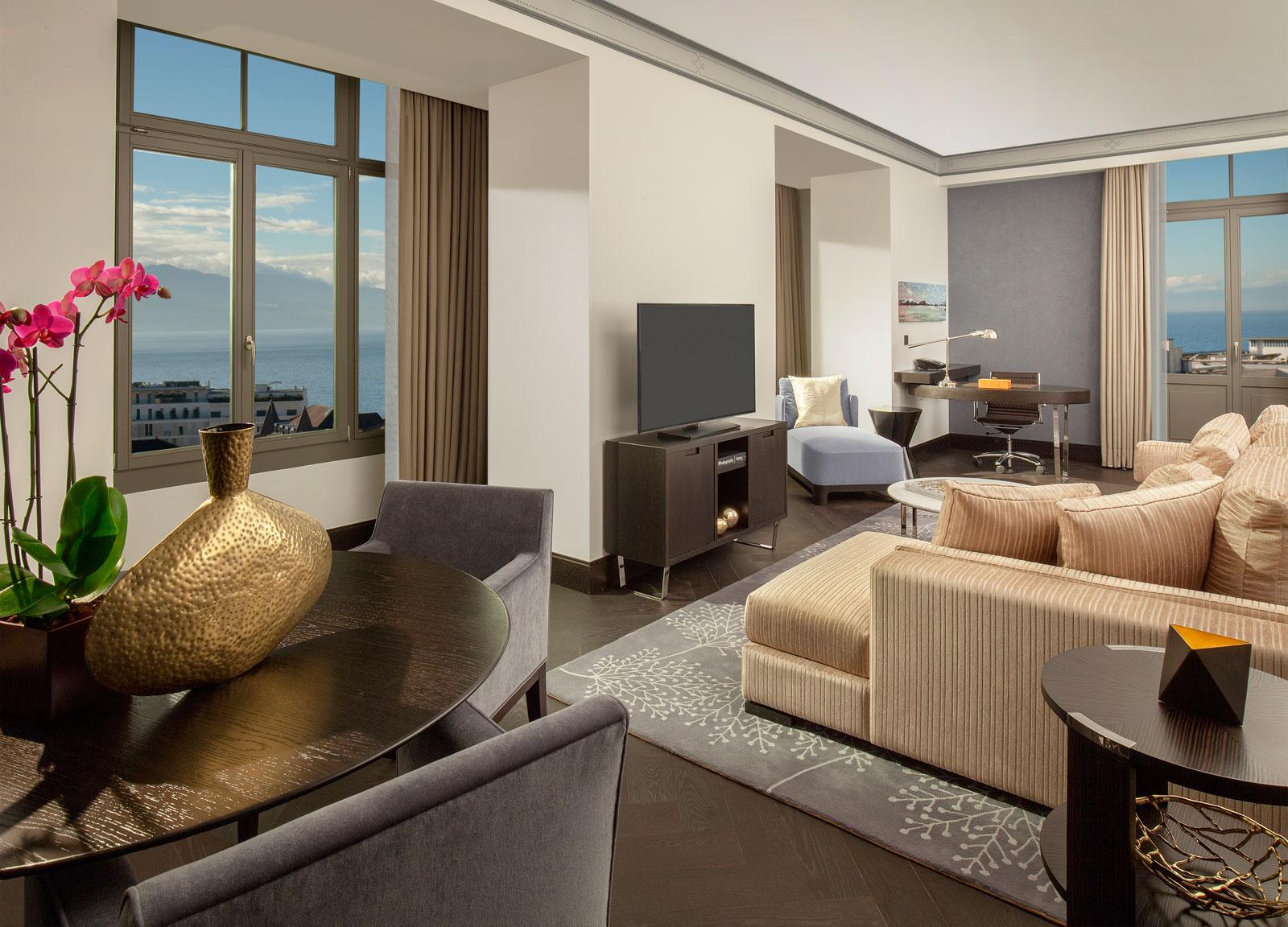 hotel-royal-savoy-lausanne-corner-suite