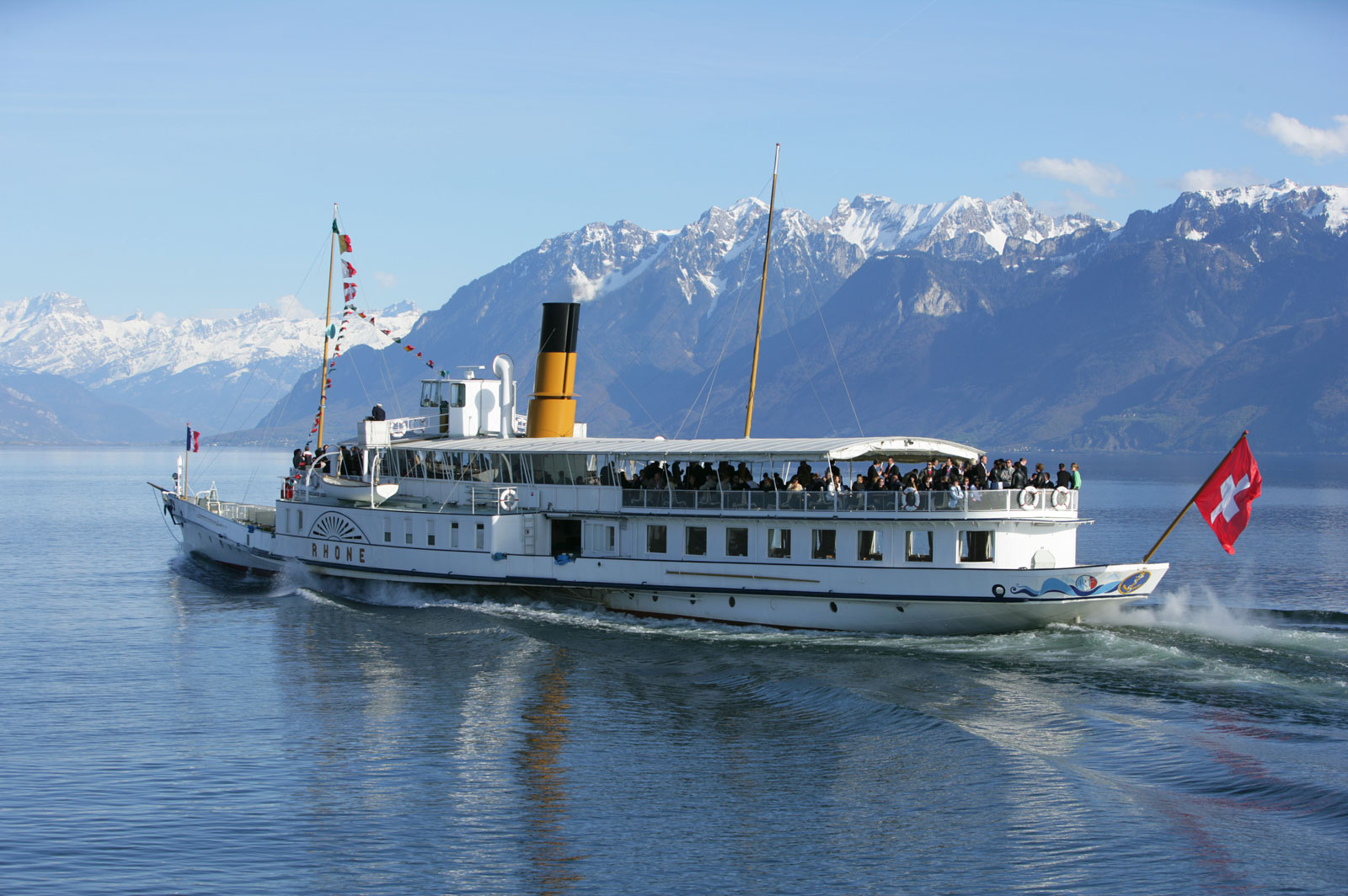 paddle-steamer-lausanne