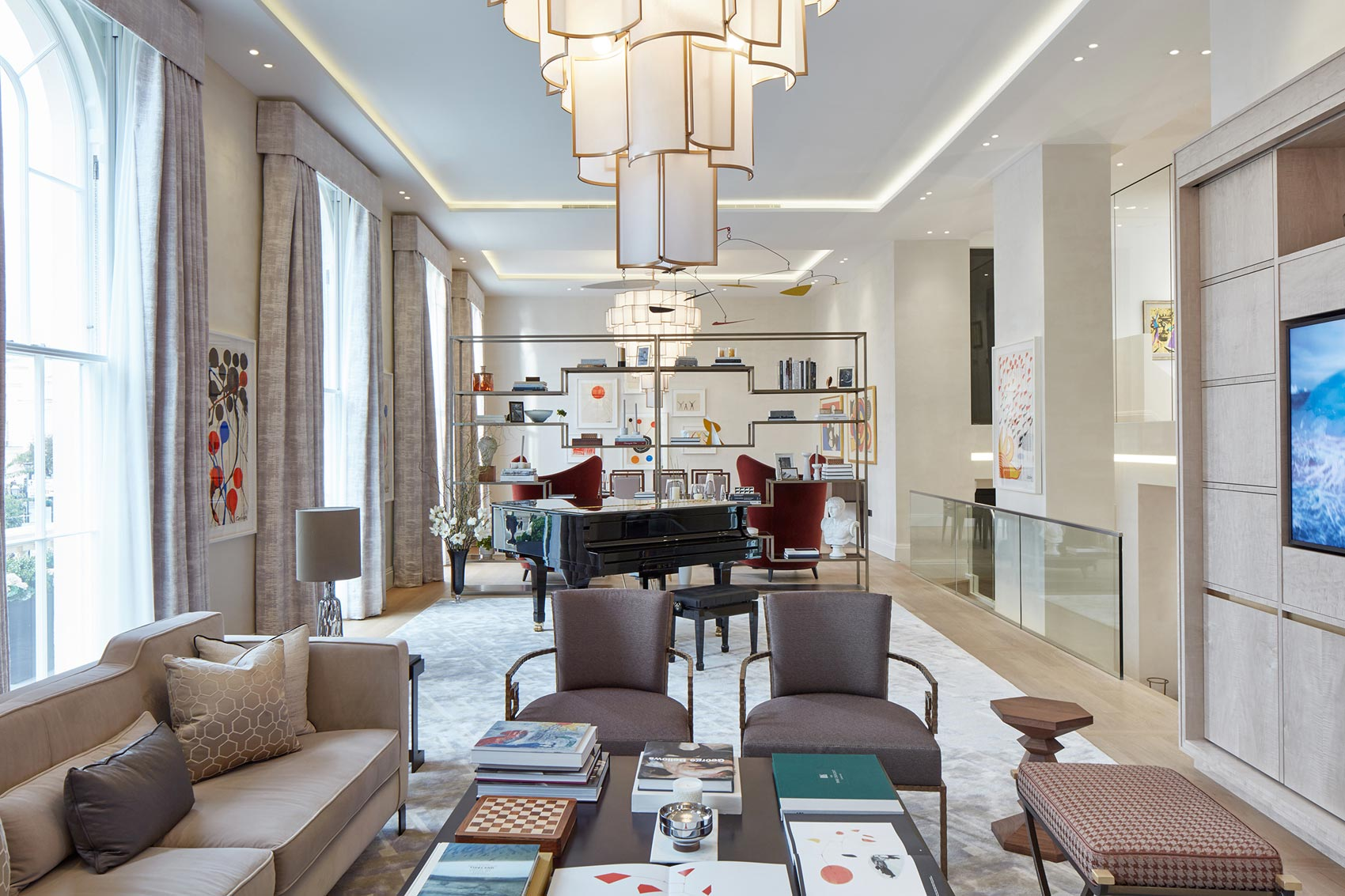 World-Class Art Meets First-Class Design At The Year's Most Luxurious Property Launch 9