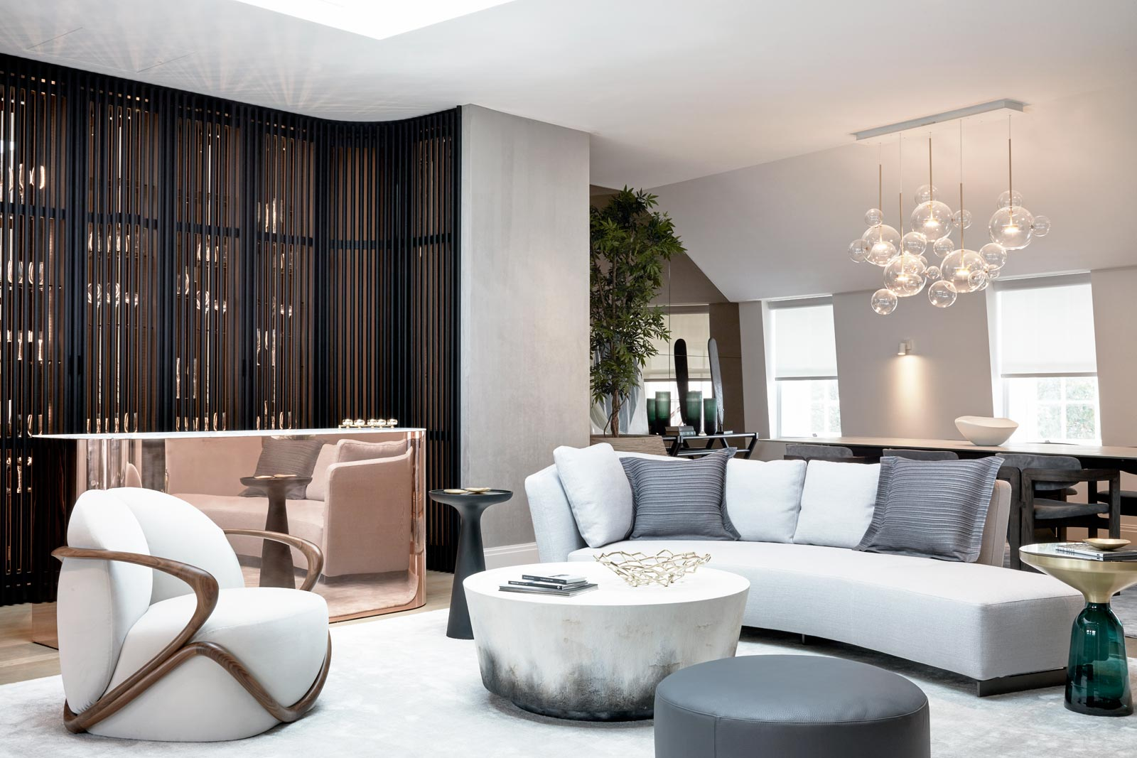 World-Class Art Meets First-Class Design At The Year's Most Luxurious Property Launch 12