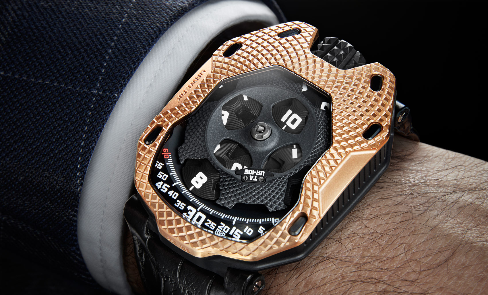 URWERK's Co-Founders Go For Gold With The UR-105