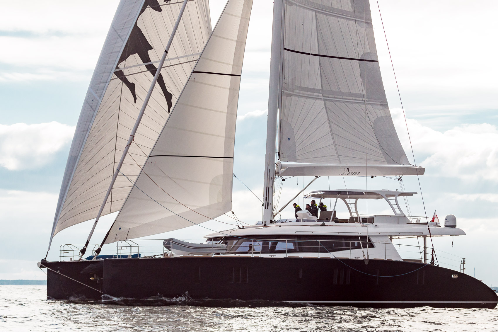 Sunreef Yachts Launches the First Carbon Sunreef 74 – Diana