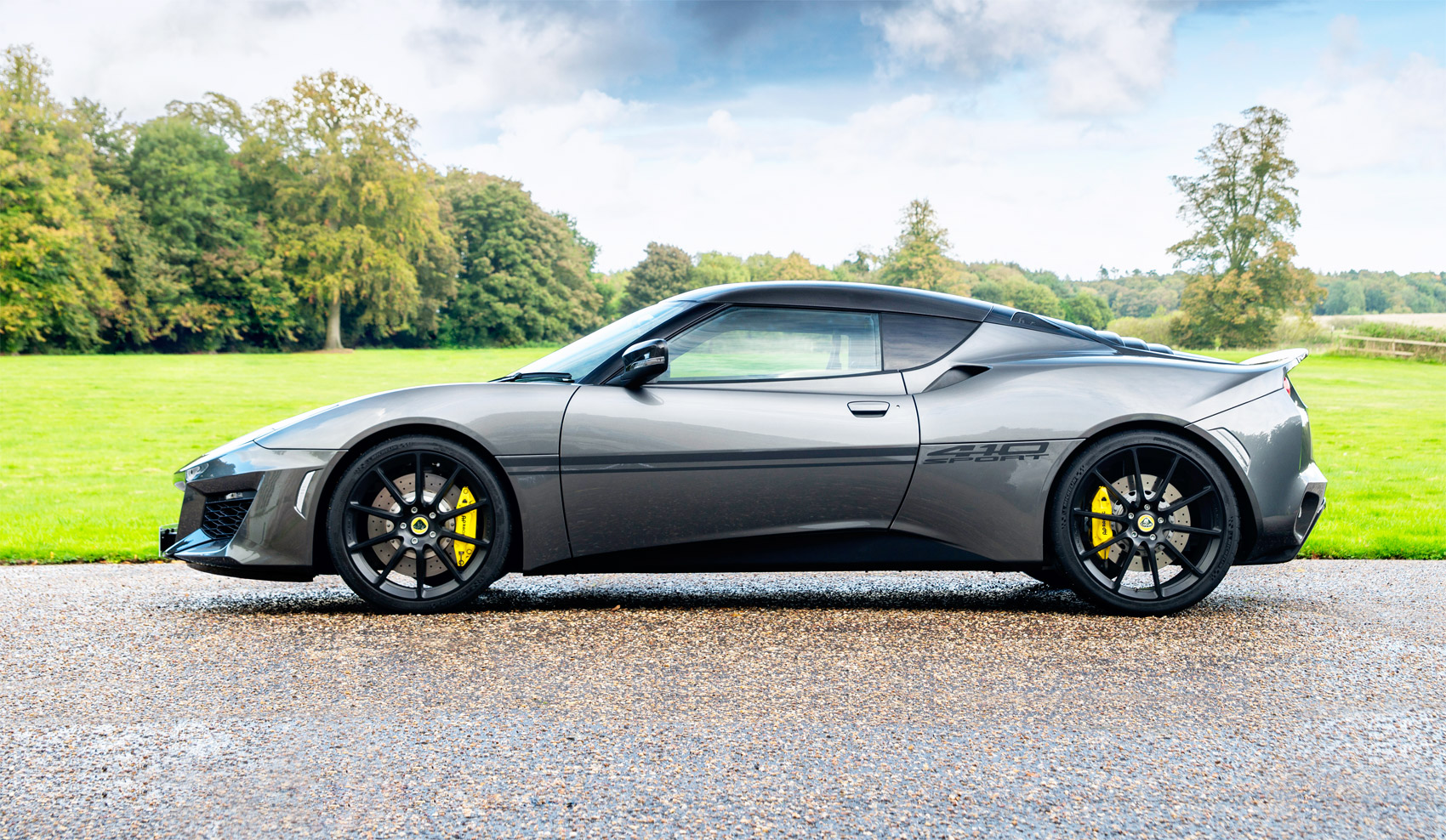 Limited Edition Lotus Evora Sport 410 – Sharp Lines, Sharper Performance