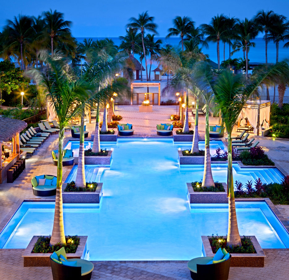 h2oasis-adult-pool-at-aruba-marriott-resort-stellaris-casino