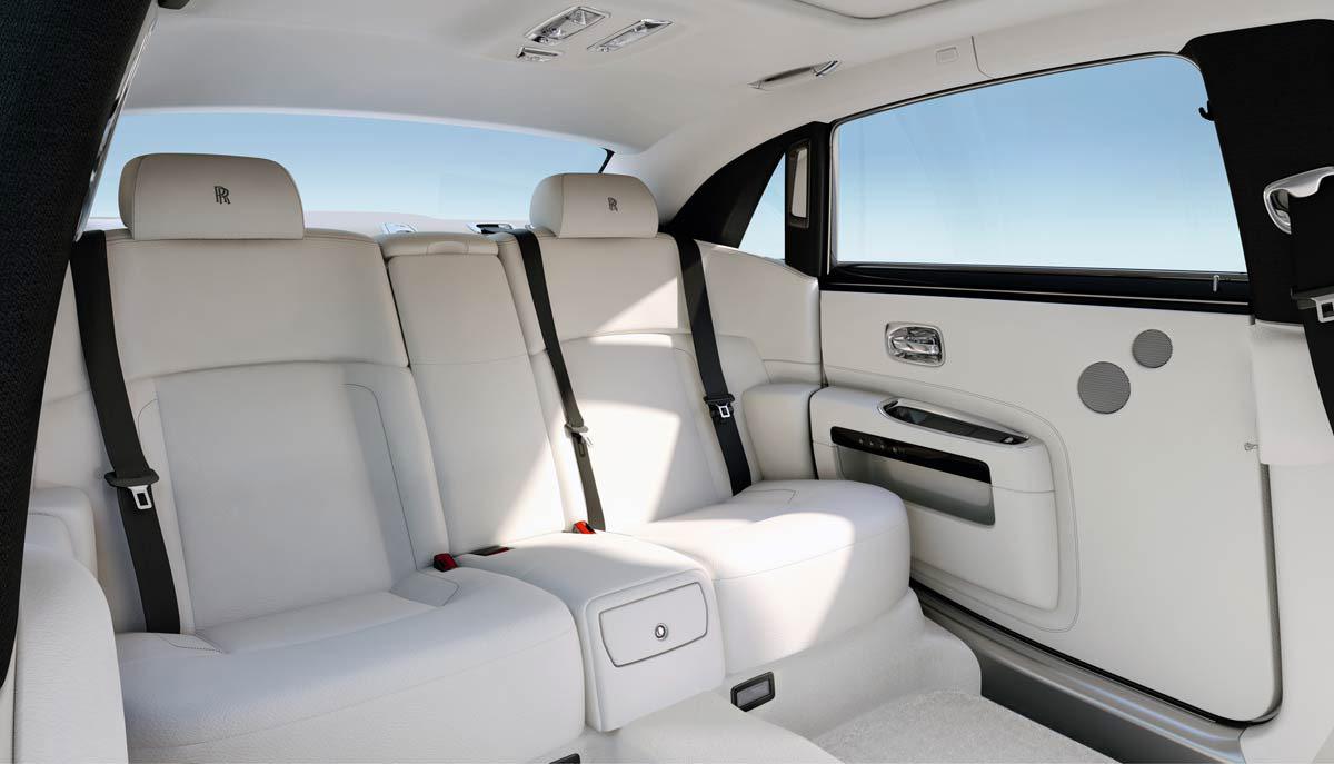 2017-Rolls-Royce-Ghost-Extended-Wheelbase-1