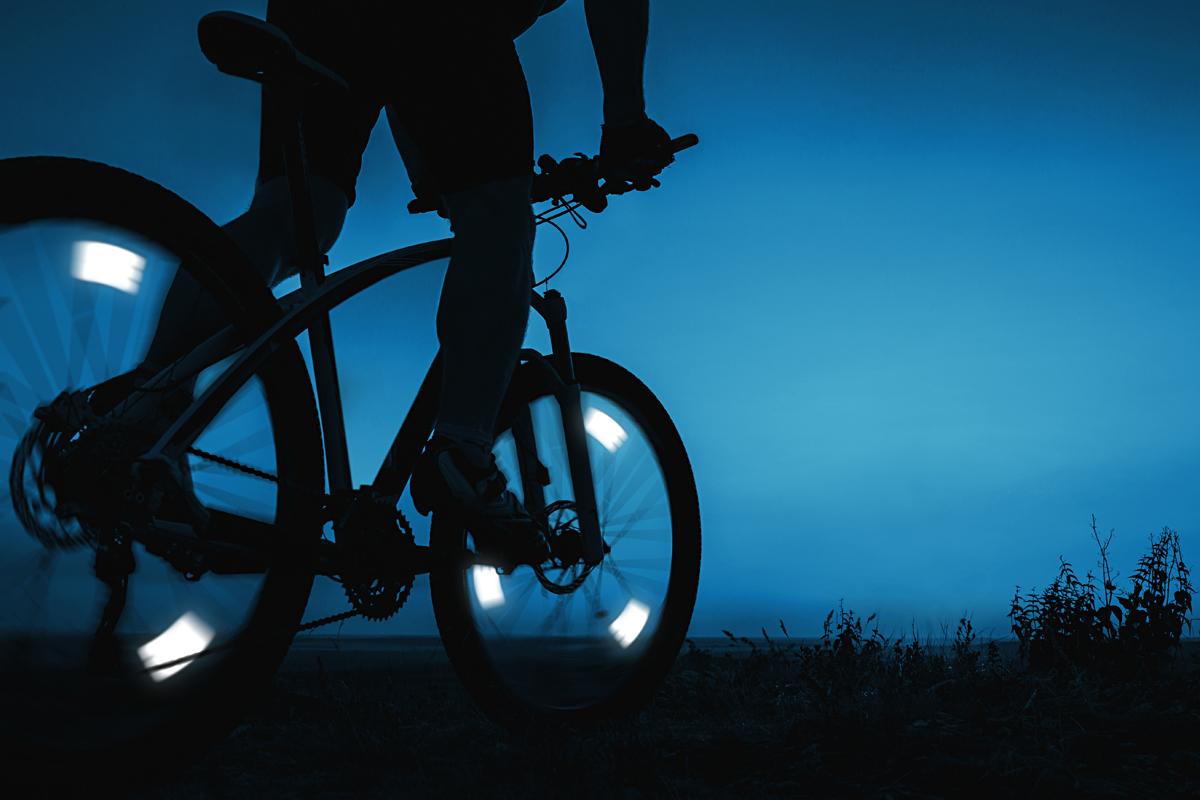 FLECTR-Bike-Wheel-Reflectors-uk
