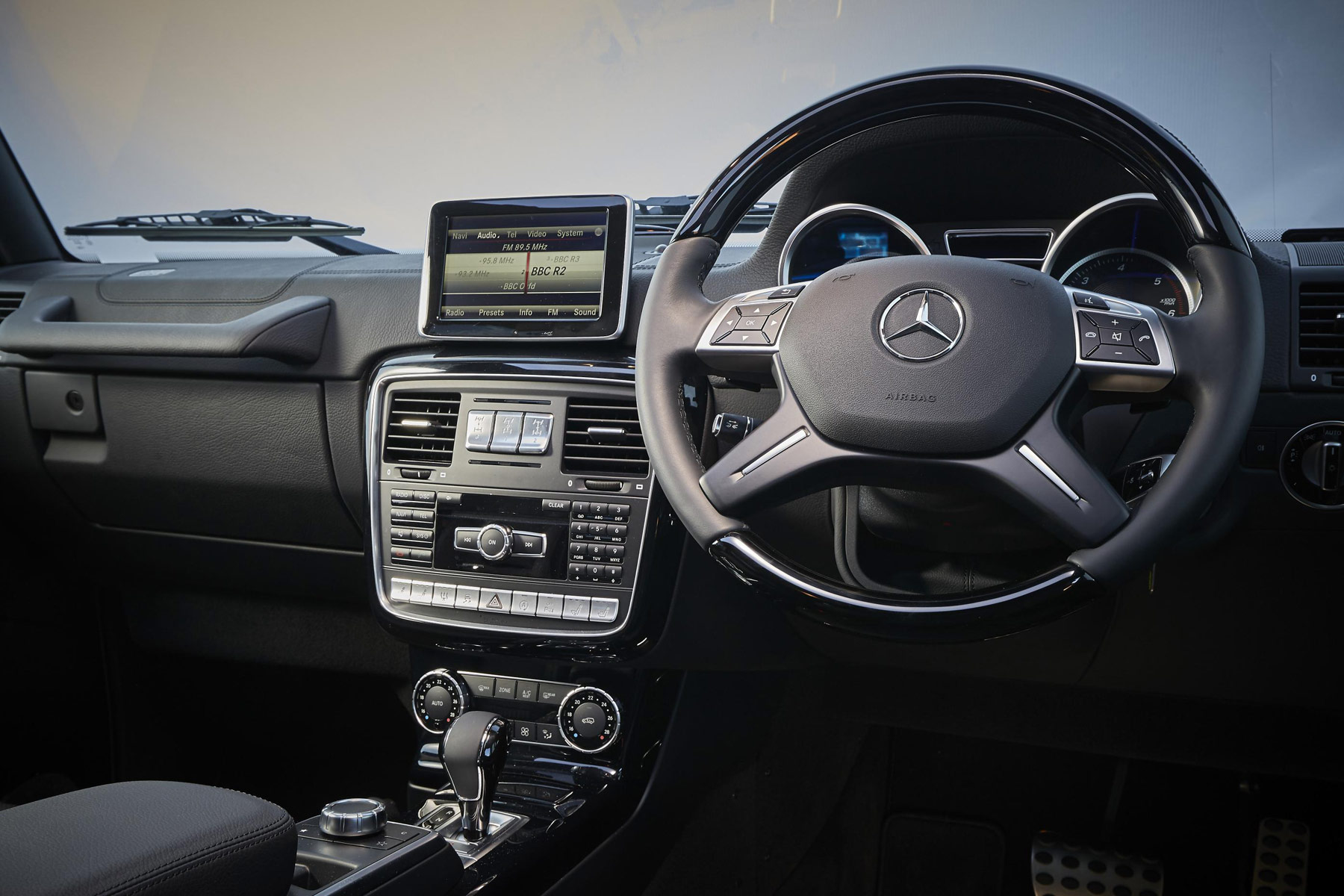 Dashboard of the Mercedes-Benz G-Class