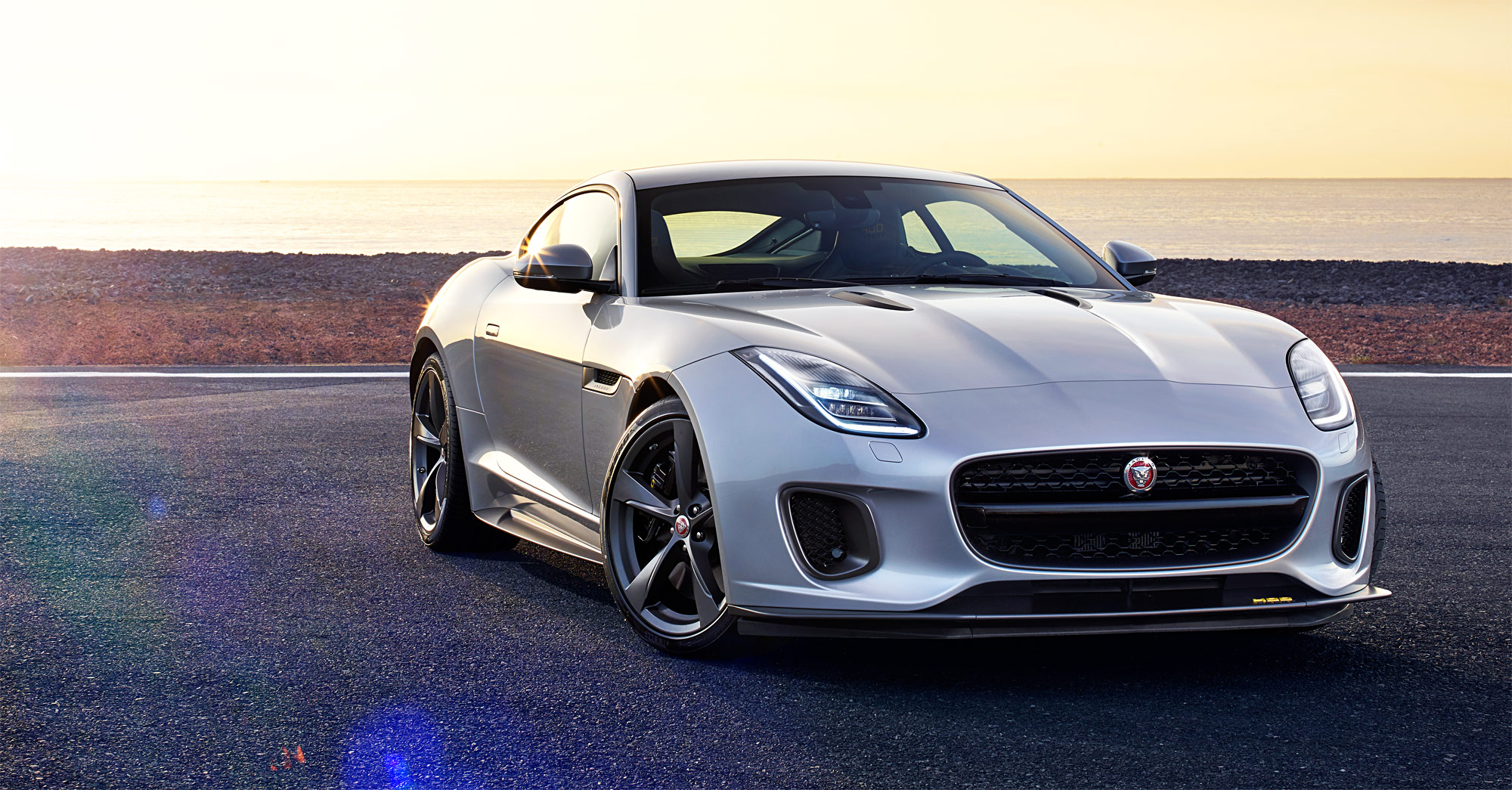 Style & Substance In Abundance – The New Jaguar F-TYPE