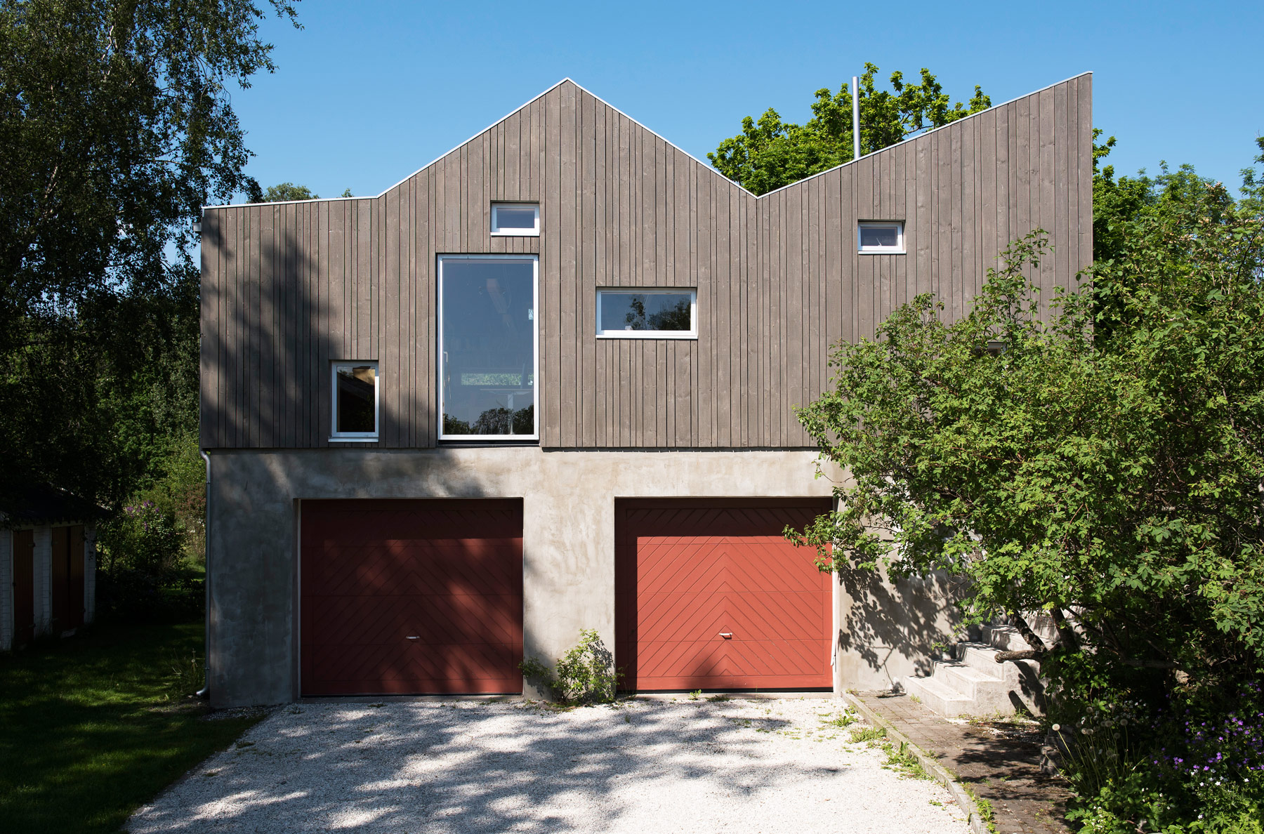 Vincenzo-Marchese-Petter-Nordahl-Kebony-Wood-Garage