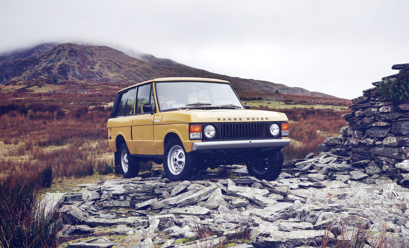 Vintage Range Rover's Will Be Reborn At Salon Rétromobile In Paris