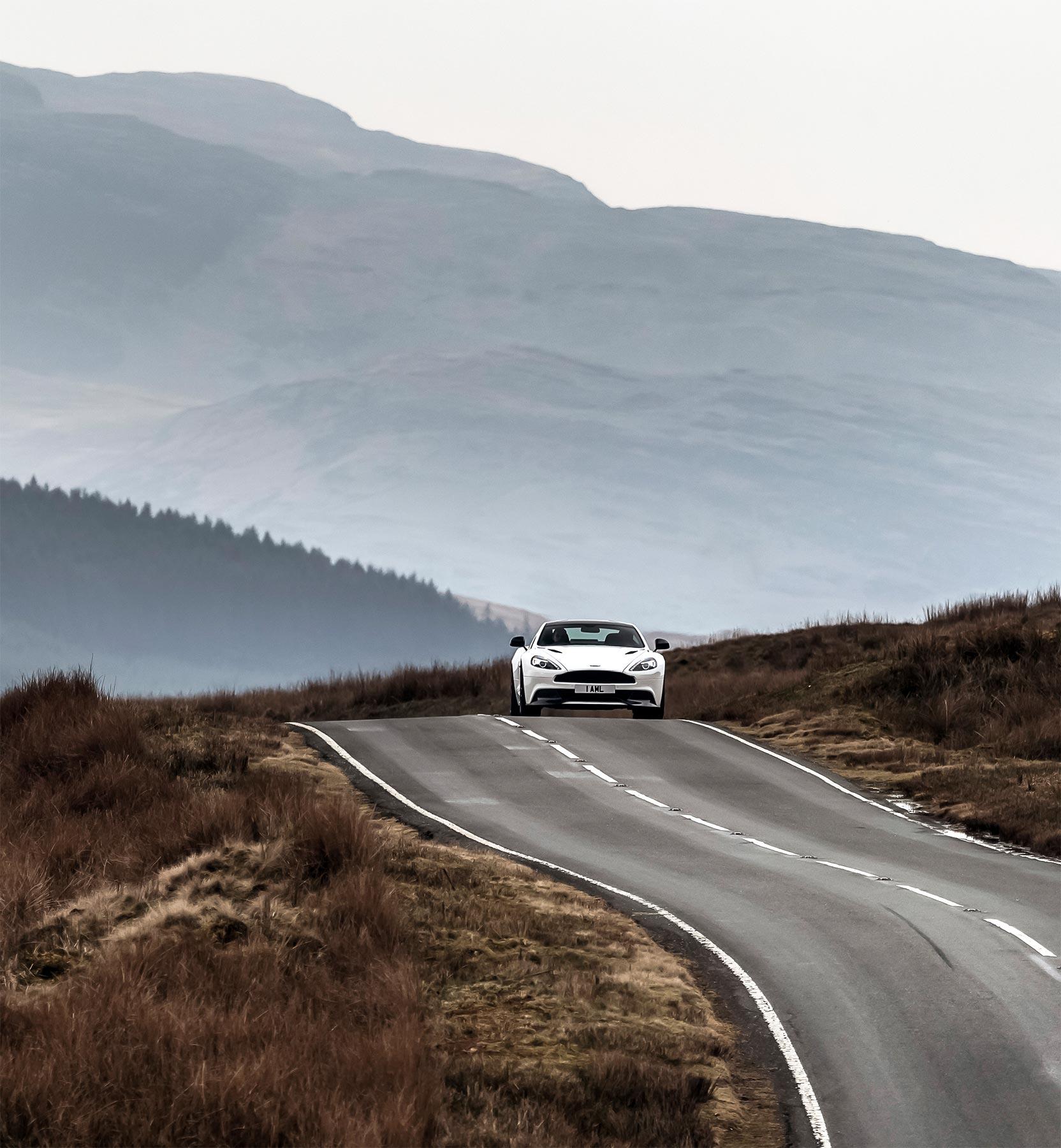 Simon Wittenberg Reviews The Aston Martin Vanquish Volante 1