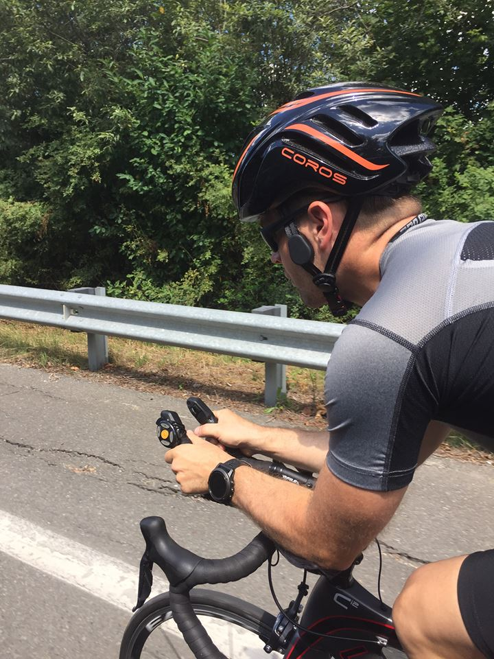 Coros Linx Smart Cycling Helmet, Perfect For Business & Leisure 3
