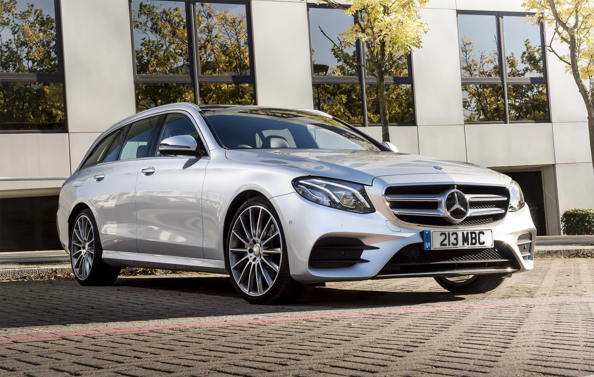 4MATIC Is Introduced To Mercedes-Benz E 220 d Saloon & Estate