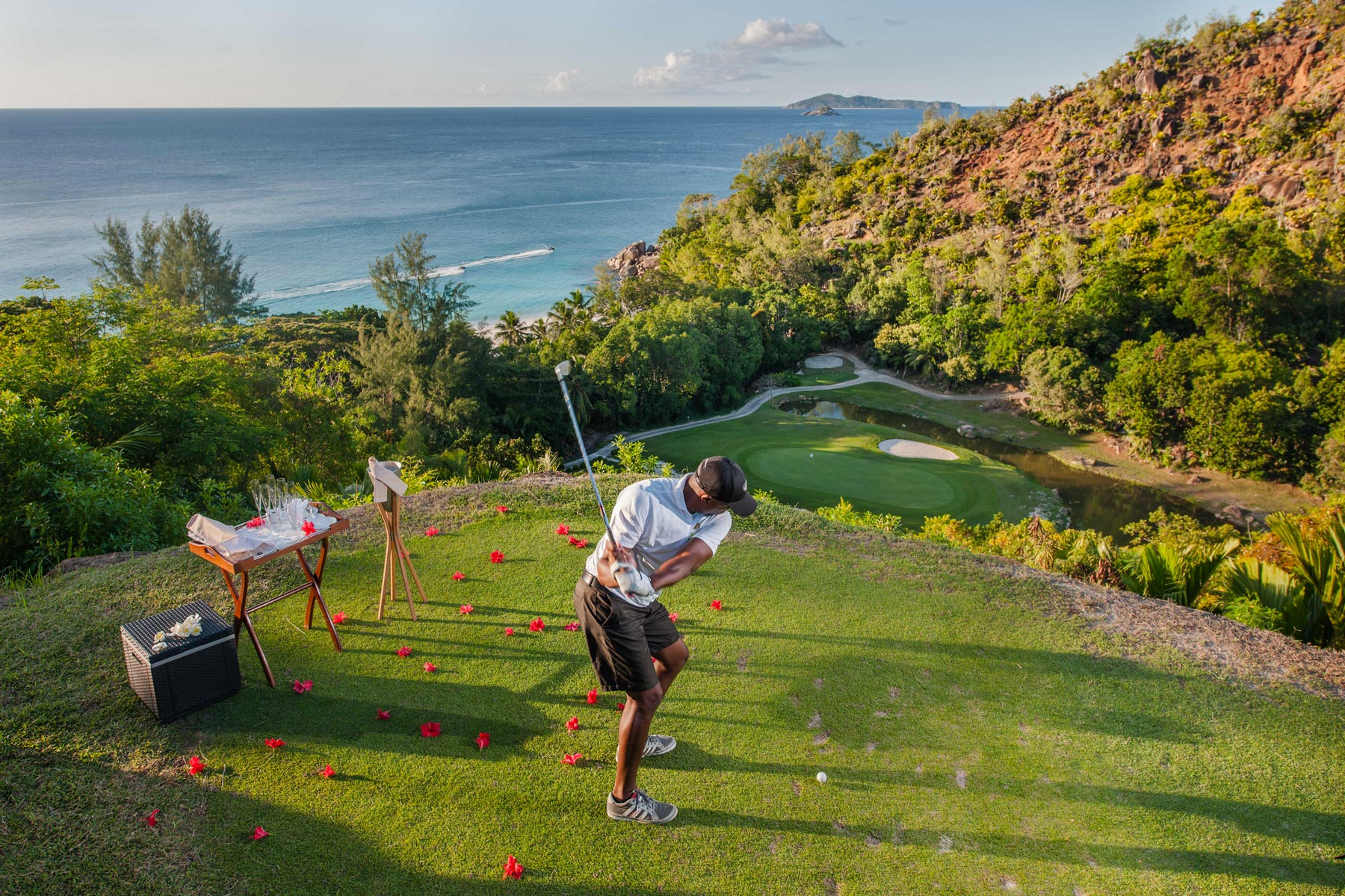 Golfing-in-the-seychelles