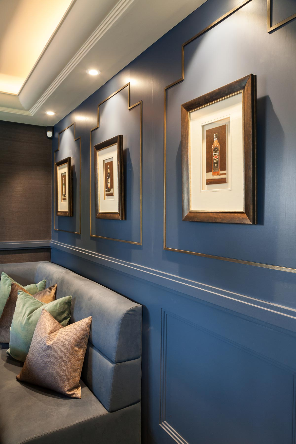 Mark Taylor Design Bespoke Blue Bar 3