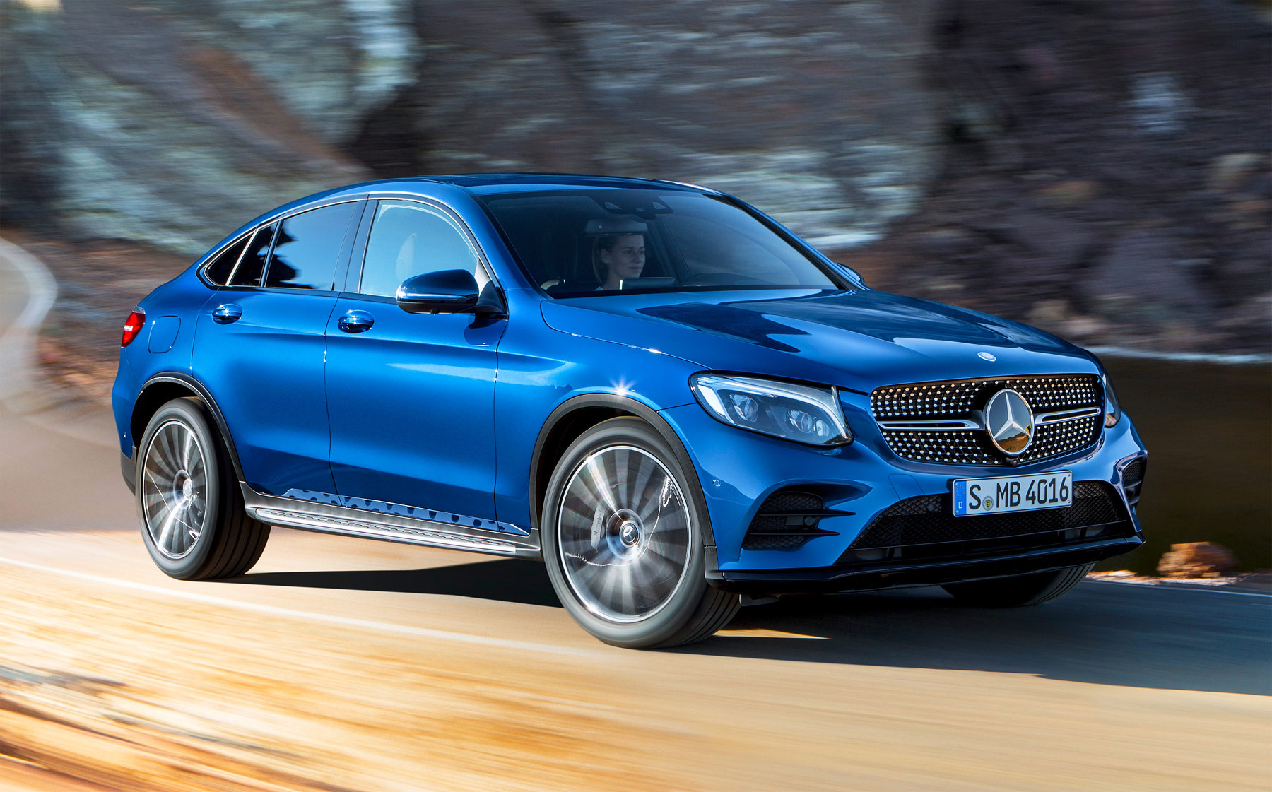 Mercedes-Benz USA delivers record January sales volume