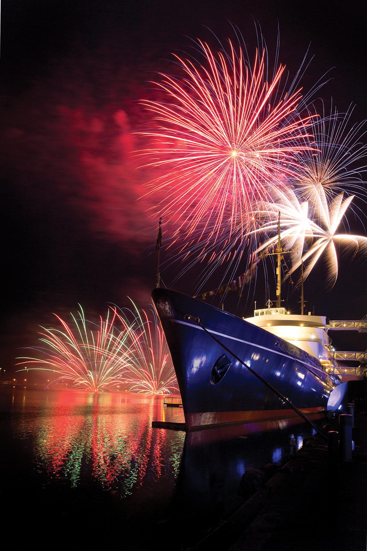 Royal-Yacht-Britannia-Fireworks