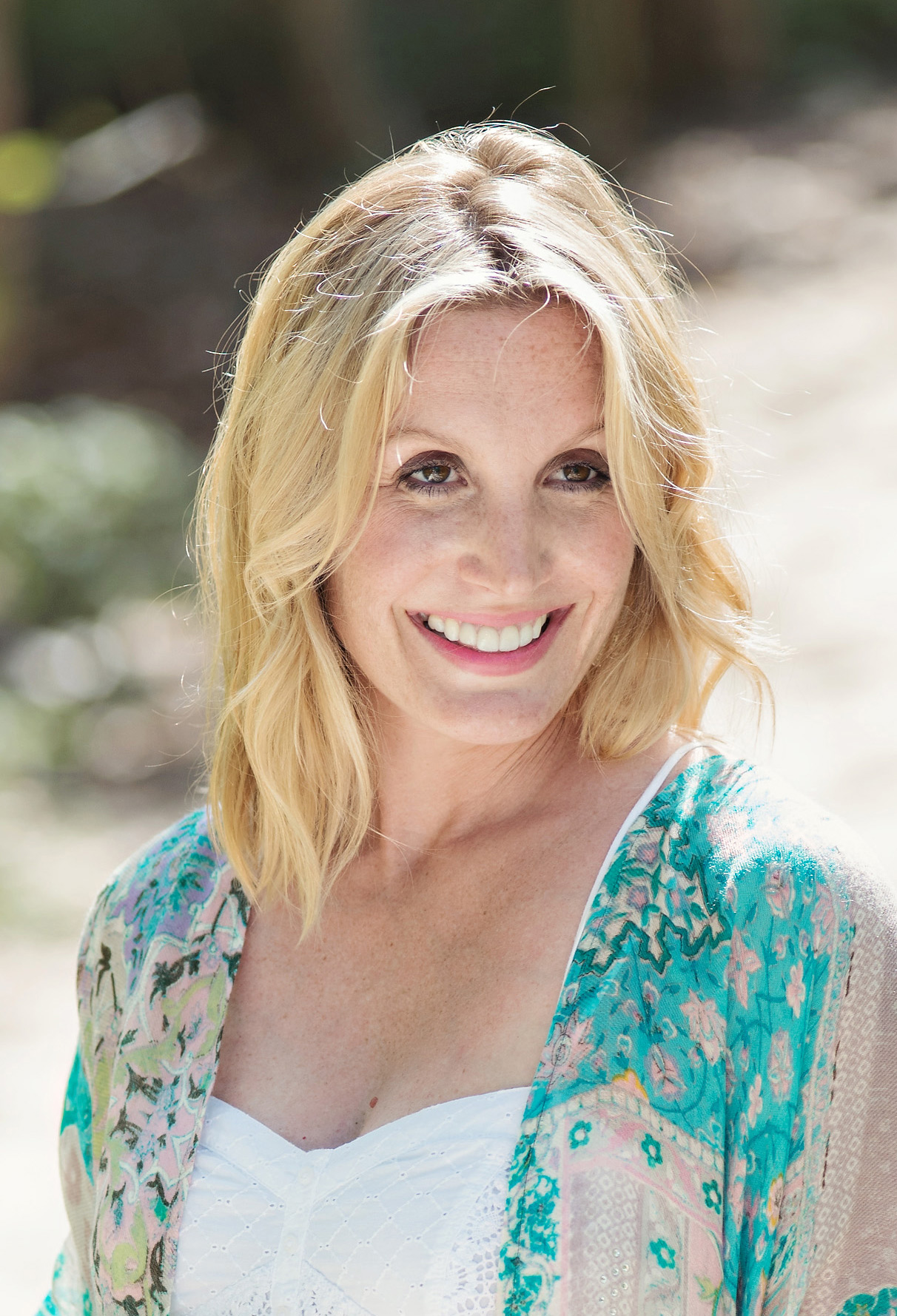 Jennifer Findlay Reveals Her Dedication To Wellness Through Core Essence 3