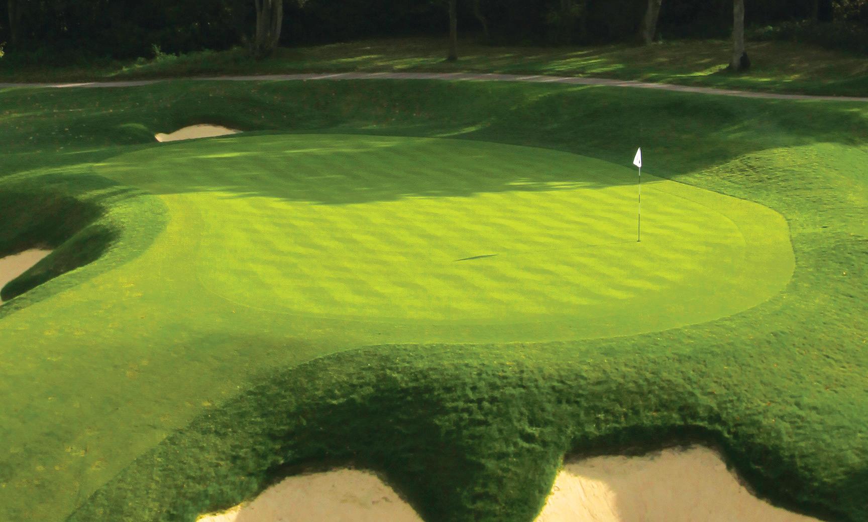 Wentworth-Golf-Course-3