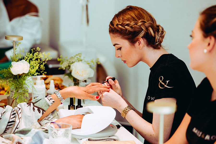 The 'Audrey Brow' Review: Nails & Brows, Mayfair 3