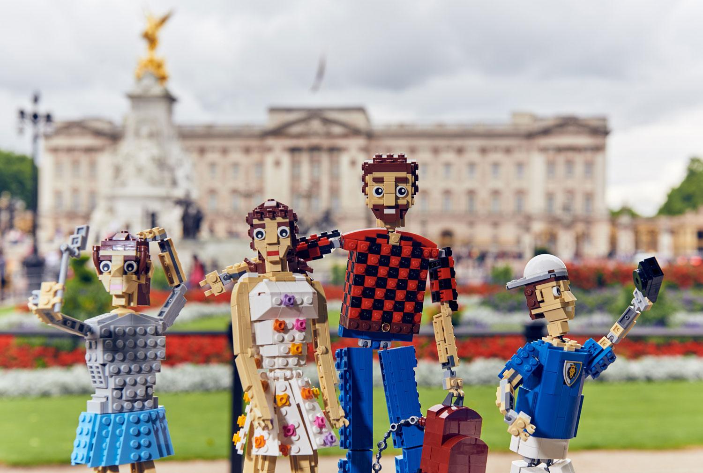 Lego-Brick-Family-in-London-2