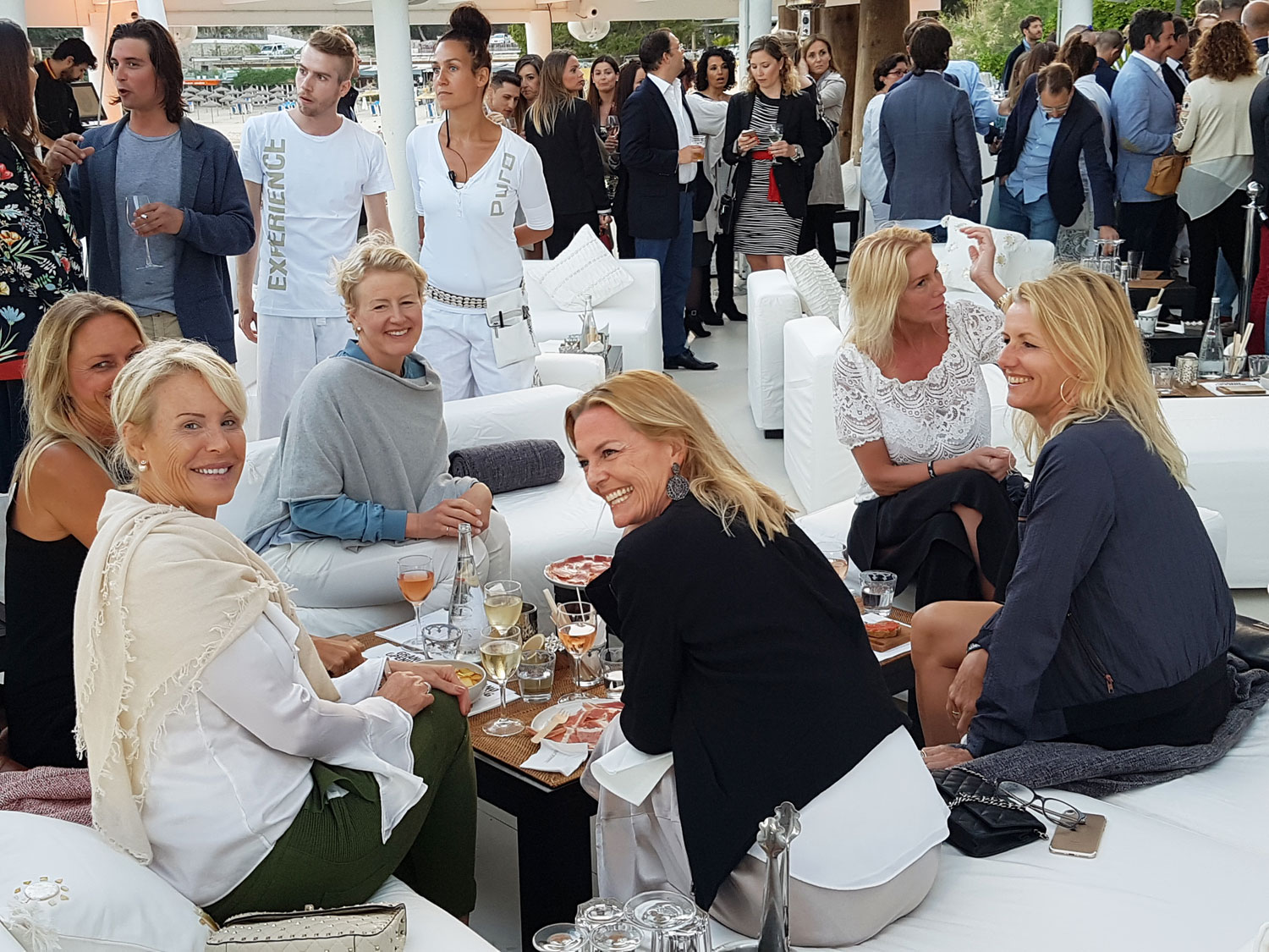 A Plush and Sophisticated Grand Opening at Purobeach Illetas In Mallorca 5
