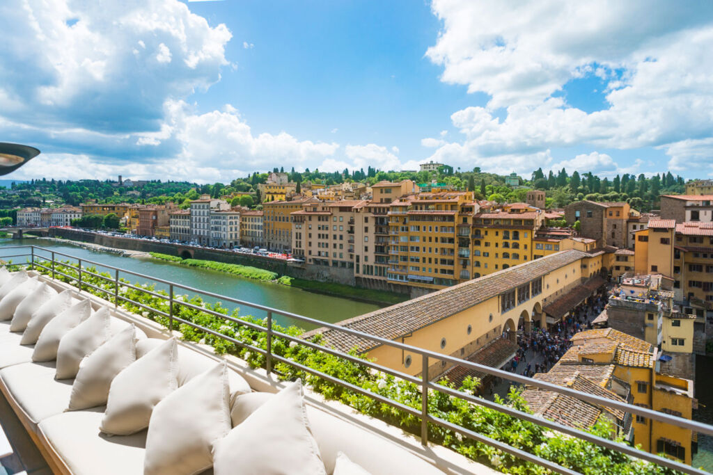 Guide to the best places to stay in Tuscany: Hotel Continentale, Florence