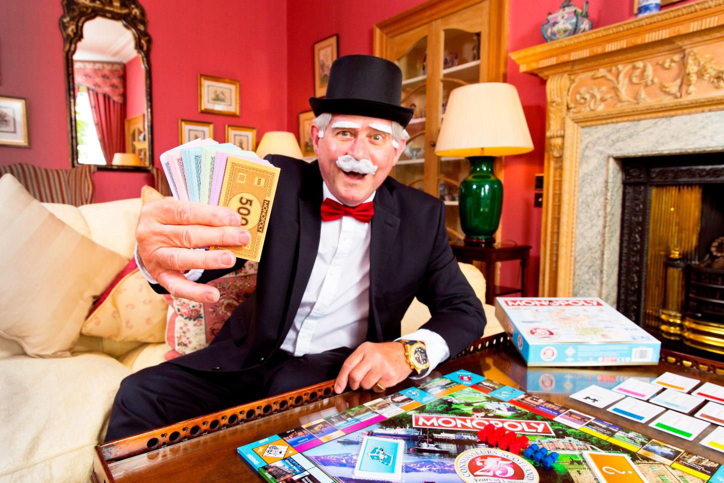 Luxury-Scotland-Monopoly-2