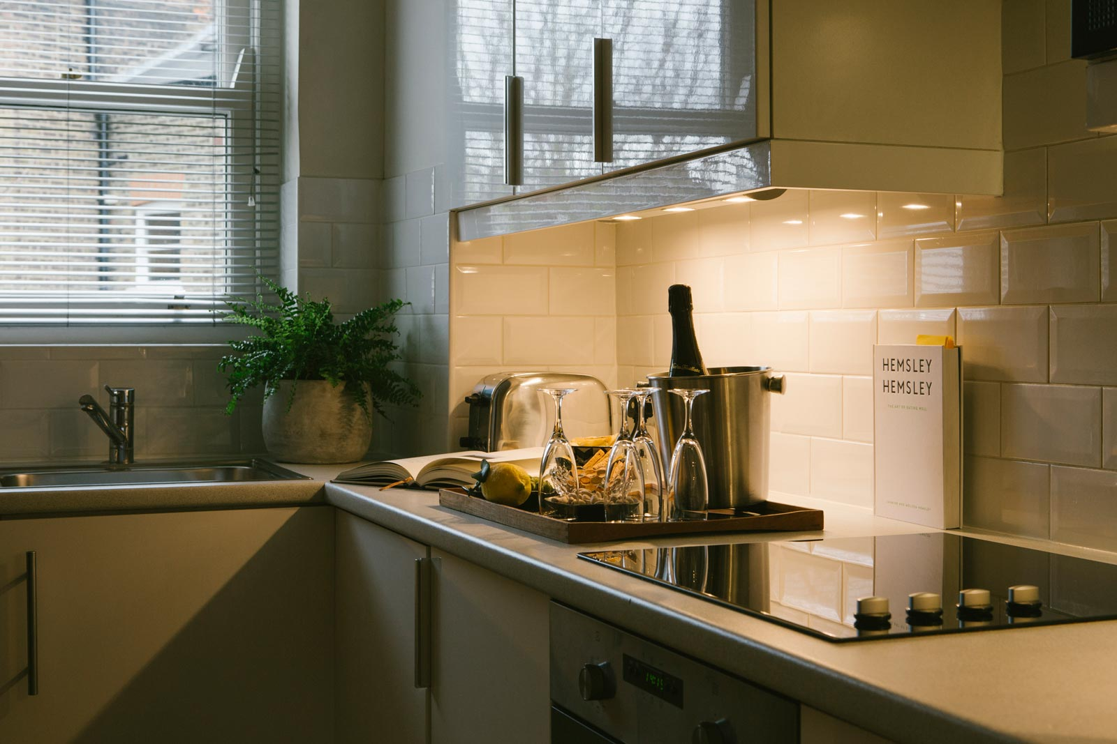 Europa House Apartments - Your Luxury London Home-From-Home 9